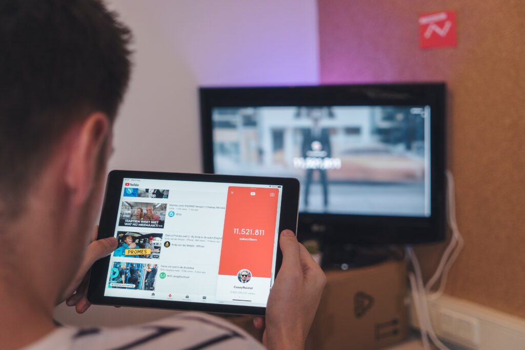 9 Tips How To Grow YouTube Views By Yourself